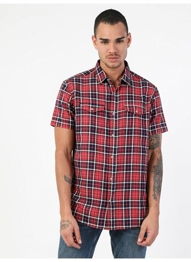 Colin's Regular Fit Shirt Neck Erkek Kısa Kol Gömlek Kırmızı